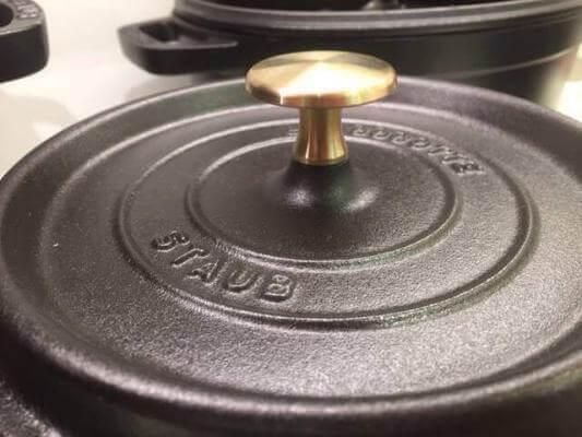 Staub lid with brass knob