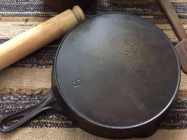 Vintage Sidney Hollowware skillet