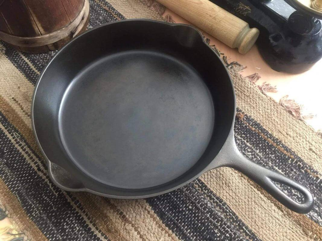 A Griswold cast iron skillet in restored condition. This skillet has a very smooth cooking surface.