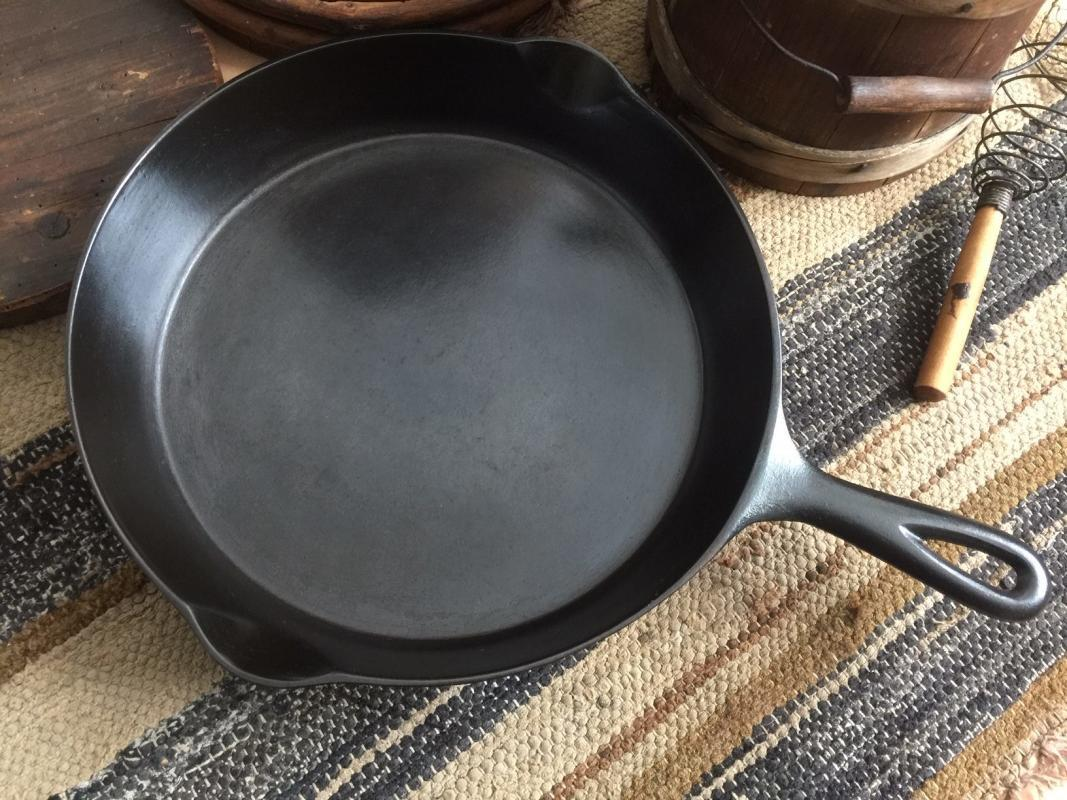 How to make cast iron safe to cook in. Picture of well seasoned cast iron skillet.