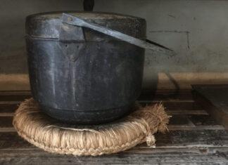 Antique Dutch Oven